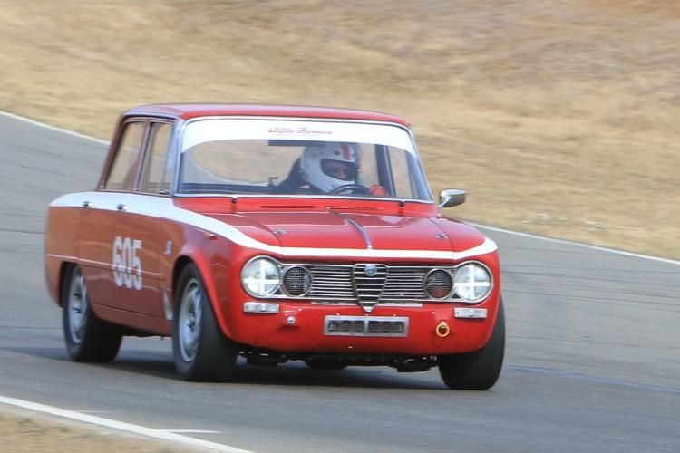 #605 1962 Alfa Romeo Giulia TI. Driver Gary Highland