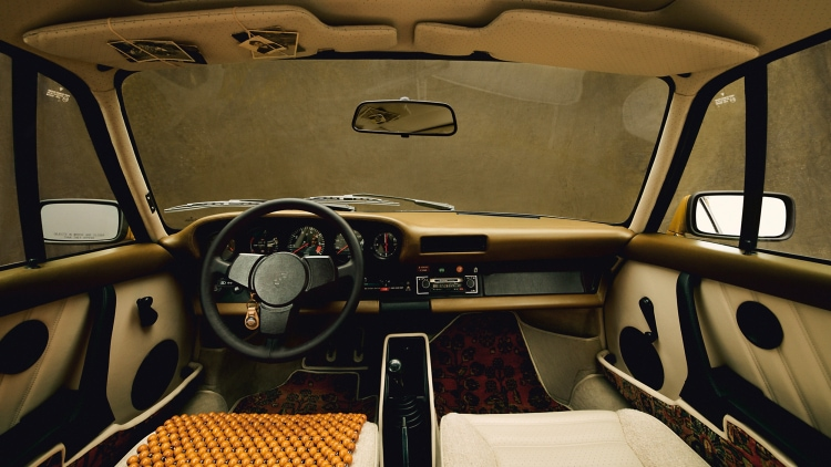 interior of Porsche 911 SC
