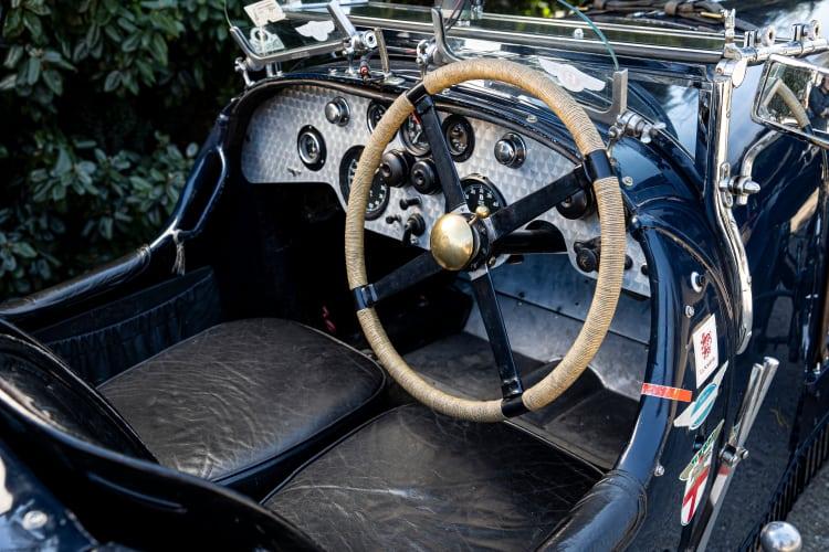 dashboard of 1927 Bentley