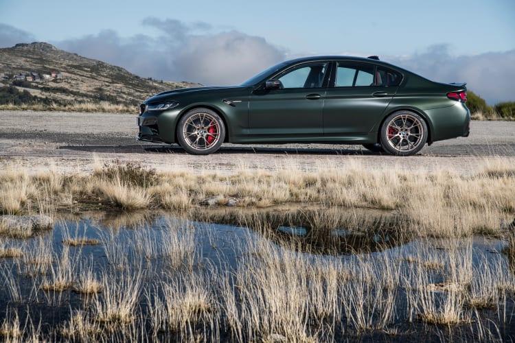 2022 BMW M5 CS side profile