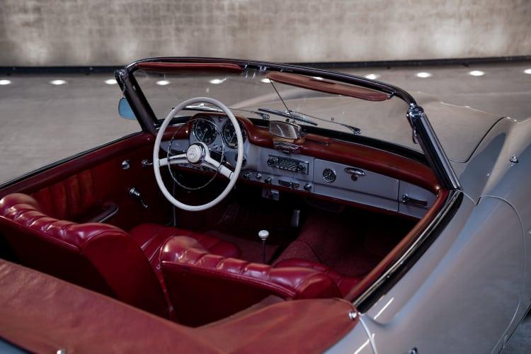190 SL interior