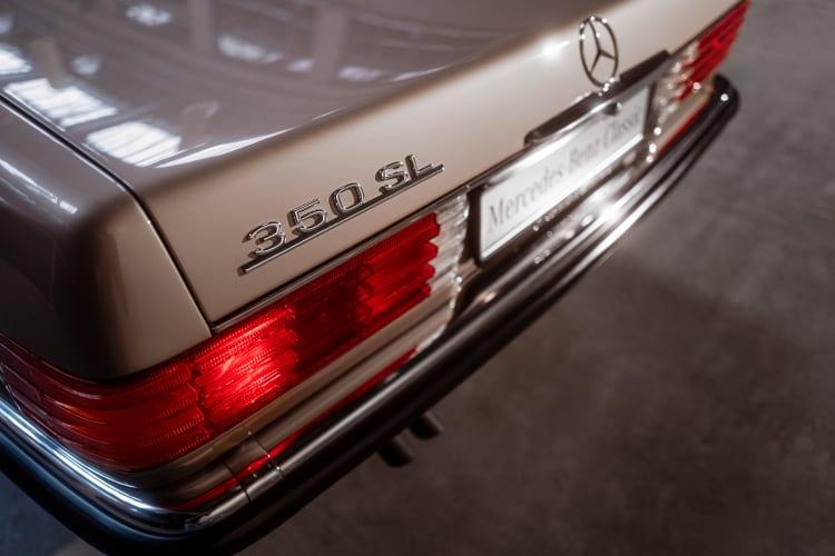 R 107 rear