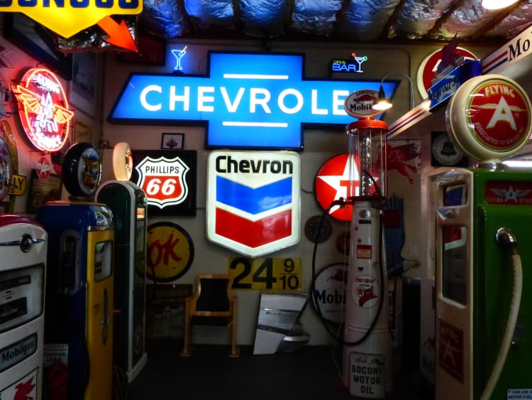 Chevrolet signs