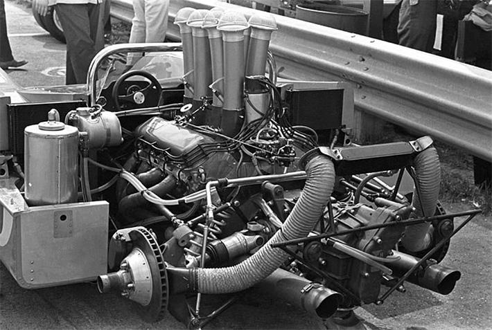 1968 McLaren M8A 7-litre Chevy Engine