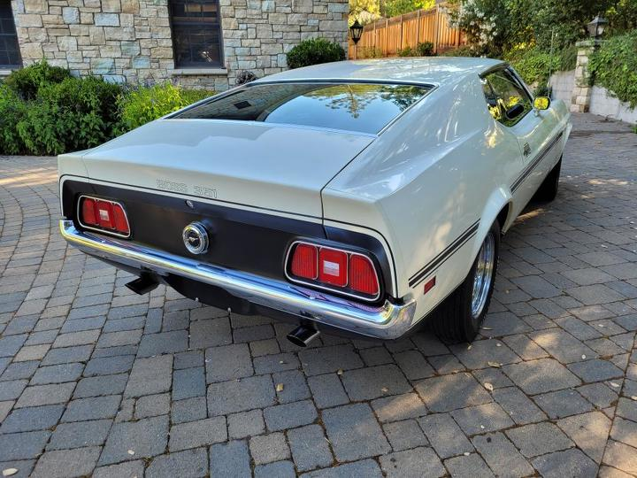 1971 Ford Boss 351 Coupe rear-right