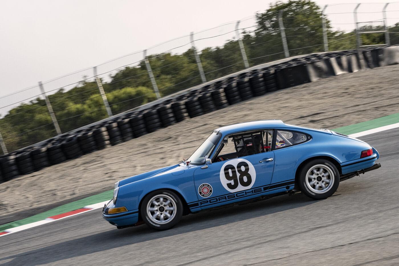 Mauricio Moro drops his 1970 Porsche 911S 2500 into the Corkscrew Saturday. ©2021 Dennis Gray
