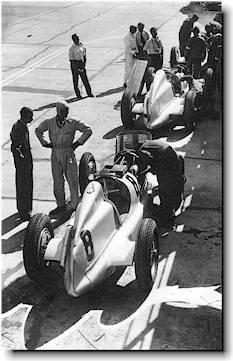 Mercedes pits