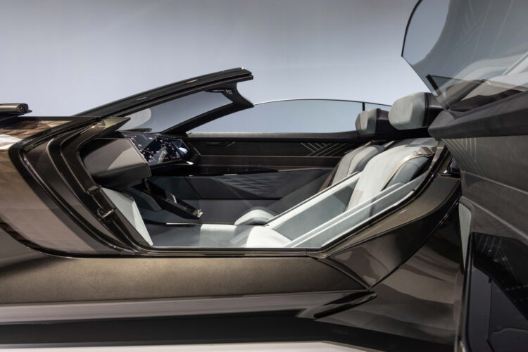 Audi skysphere concept side view no wheel