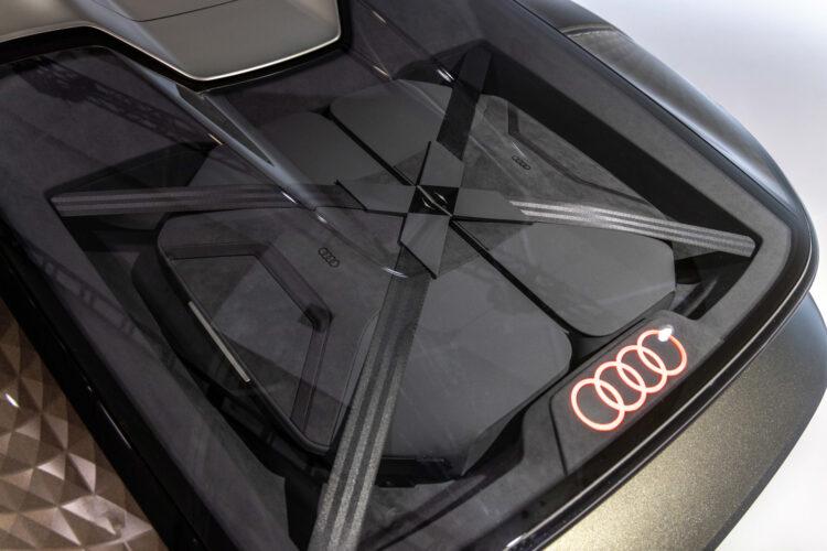 Audi skysphere concept trunk