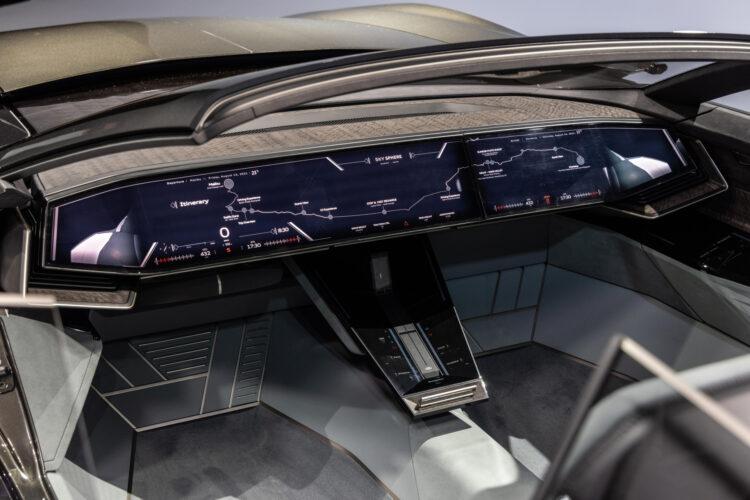 Audi skysphere concept dash - no steering wheel