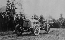 Luttgen in 120 hp Mercedes