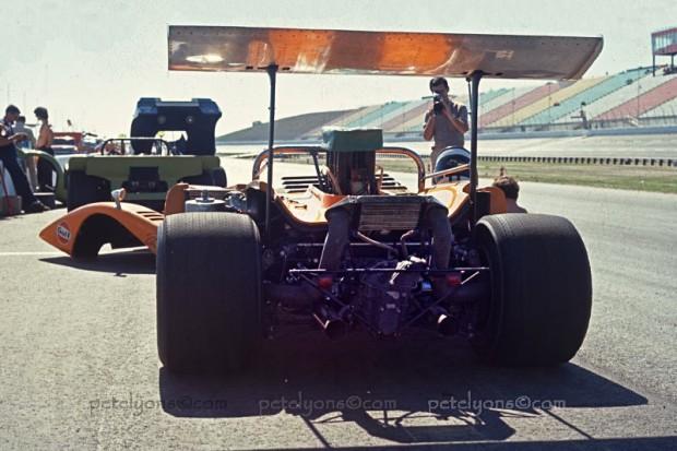McLaren M8B at Texas Speedway