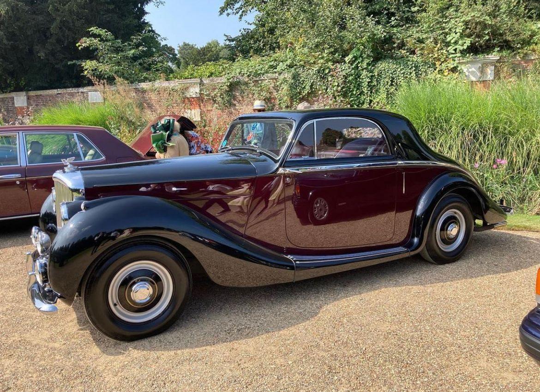 Bentley MK VI Freestone and Webb