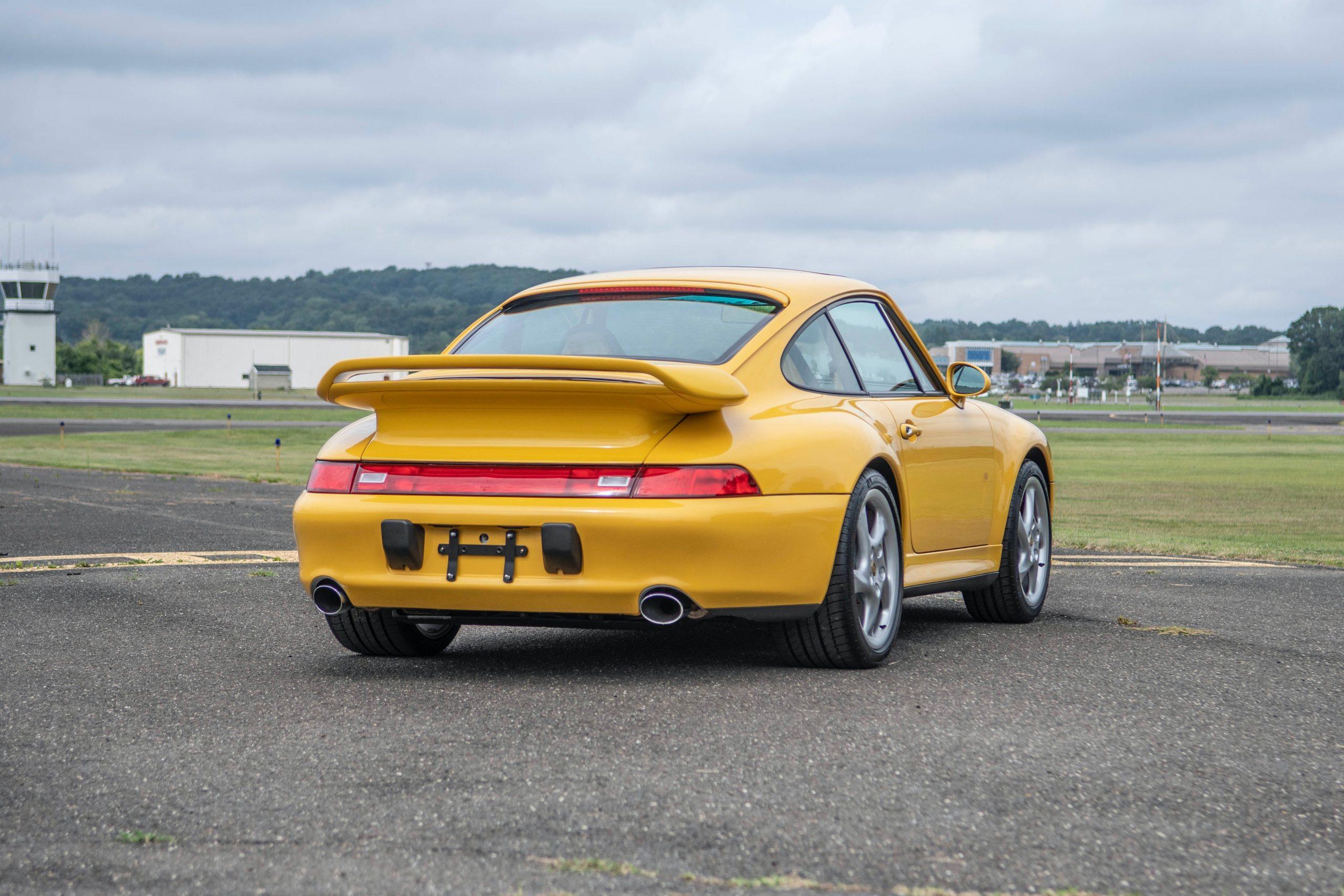 1997 Porsche 911 (993) Carrera 4S