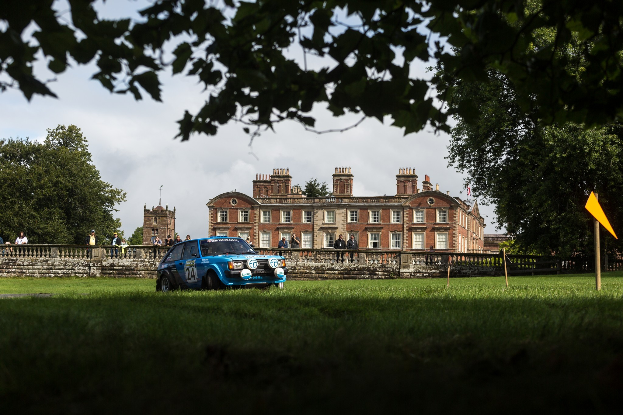 Talbot Sunbeam in front of the Weston Park Country House