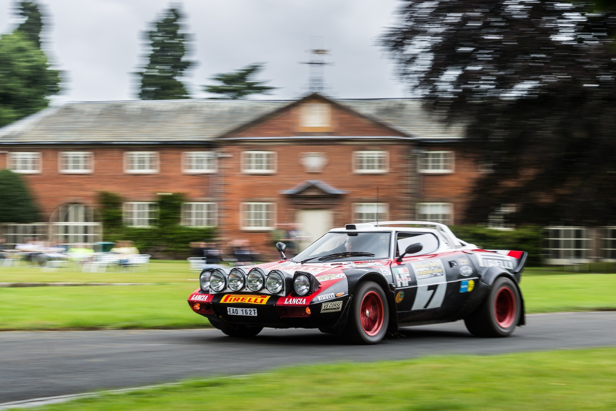 Hawk Stratos in front of the Weston Park buildings