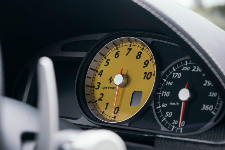 Ferrari 599 GTB Fiorano rev counter