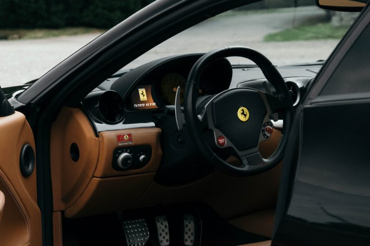 Ferrari 599 GTB Fiorano interior in Crema.