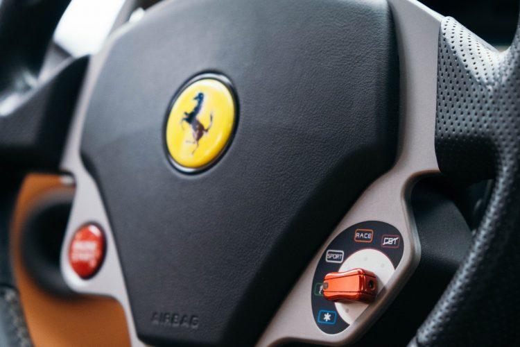 Ferrari 599 GTB Fiorano steering wheel and Manettino.